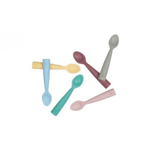 MINIKOIOI Łyżeczka silikonowa do nauki samodzielnego jedzenia niebieska